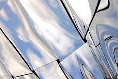 Reflet - 3 (Lô65) Tags: reflet canon7d canon 2017 sigma sigma1750 sigma1750mm ciel architecture nuage philharmonie