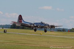 yankeeladylanding2 (ronfin44) Tags: wwii wwiiweekend wwiiairshow war airplane aircraft soldiers allies allied axis german ss nazi yankee lady b17 b25 b24 liberator panchito russians russian ruskie british paratrooper army navy marines airforce veterans veteran uniform medals awards troops