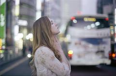 Tokyo (Fabio Sabatini) Tags: emma shinjuku tokyo film kodak kodakfilm gold400 asahi pentax spotmaticspii zenit helios85mmf15 believeinfilm filmisnotdead girlsonfilm japan