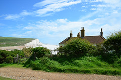 Seven Sisters from Seaford Head (davids pix) Tags: seaford head cottage seven sisters cliffs beauty spot sussex england 2017 06062017