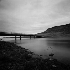 Crossing (Theolde) Tags: hasselblad distagon440 film fuji neopan acros100 imacon