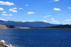 Royal Blue (Patricia Henschen) Tags: twinlakes colorado rural topoftherockies scenicbyway reservoir lake glacial mountain mountains sawatch range lakecounty sanisabelnationalforest backroads backroad historicdistrict