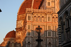 Luci (♠Alice♠) Tags: toscanatuscanyflorence vinci lights architecture beauty landascape travel italy viaggio