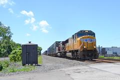 UP 4117 EMD SD70M (Trucks, Buses, & Trains by granitefan713) Tags: train locomotive railfan railroad nikon nikond3100 d3100 up unionpacific emd emdsd70m sd70m stacktrain intermodal im csx csxt csxintermodal foreignpower cp canadianpacific