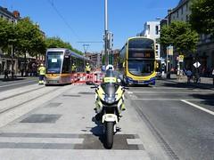 Luas Cross City (Csalem's Lot) Tags: luascrosscity wrights gemini garda dublin dublinbus bus sg49 140 luas 4001 sg volvo