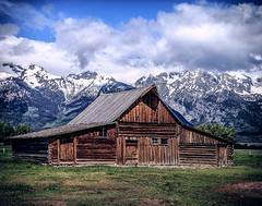 Molton Barn (Reggie Root) Tags: moultonbarn mormonrow jacksonholewy moosewy
