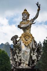 Belle Sita (Ye-Zu) Tags: garden botanic tdm kebunrayabali statue bali tourdumonde jardin hindou sita worldtour ramayana indonésie