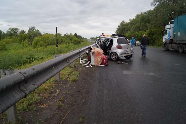 Под Самарой Шевроле насмерть влетела в Тойота с12-летним парнем
