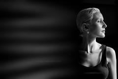 (Kaobanga) Tags: dona mujer woman retrat retrato portrait blancinegre blancoynegro blackandwhite bn bw canon5dmarkii canon5dmkii canon5dmk2 canon1635 1635 1635mm canon1635mm kaobanga