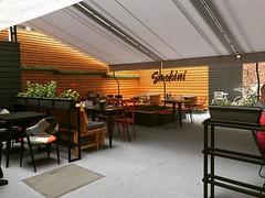 Освен тераса вече сме готови и с градината! Заповядай! Любопитно ли ти е? 🌴🍡🍭❤️️ (Smokini) Tags: smokini restaurant plovdiv ресторант пловдив vegetarian glutenfree vegan вегетариански веган