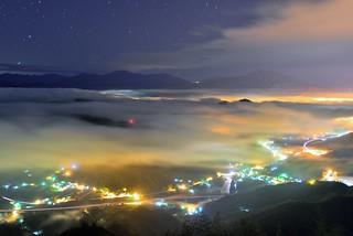 九份二山 ~月光雲海琉璃~   Colored glass light Clouds