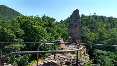 Geile Wanderregion, das Elsass. Ständig ist da eine Burg: Château Wasigenstein#VisitAlsace