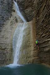 Los Lucas (jaecheve) Tags: oslucas huesca aragon españa spain pirineos pirineo pyrenees barranco barranquismo canyon canyonering flysch valledetena cascada waterfall rapel