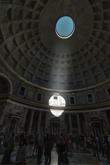 Oculus (Fil.ippo) Tags: coffered concrete dome oculus pantheon rome roma church temple ancient interior filippo filippobianchi d610 light beam shadow building apertua cupola