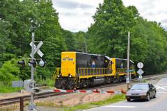 Running Light (esywlkr) Tags: brsrr railroad train runninglight balsam nc wnc carolina gradecrossing northcarolina warrenreed gp392