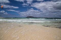 Kitesurfing paradise (Monika Kalczuga (on&off)) Tags: kitesurfing watersports surfing kite kiting ocean island canaryislands spain summer water holidays furteventura loslobos beach shoreline coastline sand vacation coast