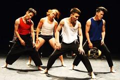 d'Ayelen Parolin  DSC_9520Mirabelwhite (Mirabelwhite) Tags: danse danseur piano coree argentine cdc avignon festivaldavignon nativos ayelenparolin lete davignon mirabelwhite