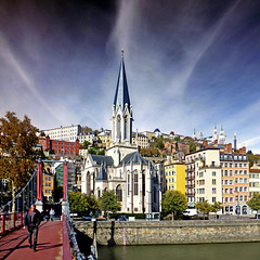 Lyon, Passerelle Paul Couturier (pom.angers) Tags: panasonicdmctz30 europeanunion 100 150 lyon rhône 69 auvergnerhônealpes france passerellepaulcouturier october 2015 clouds sky 200 300 5000