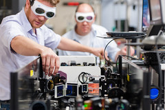 An Impressive and Growing Array of Lasers at SLAC (SLAC National Accelerator Laboratory) Tags: departmentofenergy experiement slacnationalacceleratorlaboratory stanforduniversity laserlab lcls linaccoherentlightsource science
