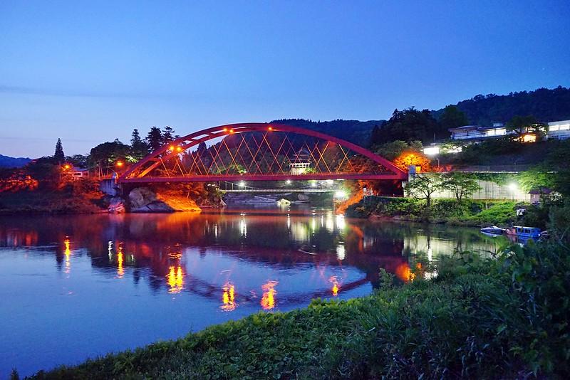 只見川夜景