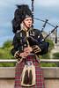 J1 - Edinburgh - Bagpipe Player (Darth Jipsu) Tags: kilt tartan musique bagpipe scotland edinburgh ecosse cornemuse édimbourg royaumeuni gb