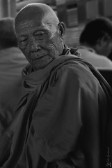 Waiting for the train at Bangkok station. 🚞 (Coquelicot40) Tags: asie regard portrait voyage monochrome noiretblanc blackandwhite station gare thailande bouddhisme personne monk moine
