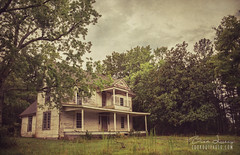 Shelter From The Storm (Brad Lackey) Tags: house home abandoned forlorn shelterfromthestorm haunting architecture americansouth frontporch urbex explorethesouth summer texture jamestown alabama d7200