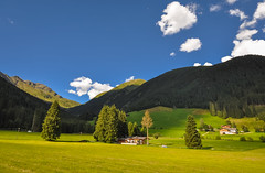 Val di Casies (ccr_358) Tags: ccr358 2016 summer august italy altoadige southtyrol südtirol alps mountainscape italia dolomiti dolomites dolomiten day nikon d5000 nikond5000 casies valdicasies valley light afternoon