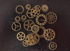 gears1 (eloyruizmontañez) Tags: mecánica repuestos backgrounds engranaje