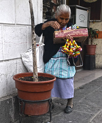 Sweet Woman (tacosnachosburritos) Tags: mexico puebla ciudad urban gritty thestreets street photography man guy caballero bad hombre señor girl chick chica mujer woman lady architecture walking hangingout humanity trees tropical beautiful handsome suave bonita sexy caliente guapo southoftheboarder cincodemayo mexicans