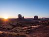Monument Valley -18 (Webtraverser) Tags: monumentvalley navajoreservation sunrise themittens