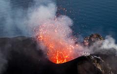 DSC_1657 (Tango Charlot) Tags: isole eolie stromboli sicilia volcano lava magma