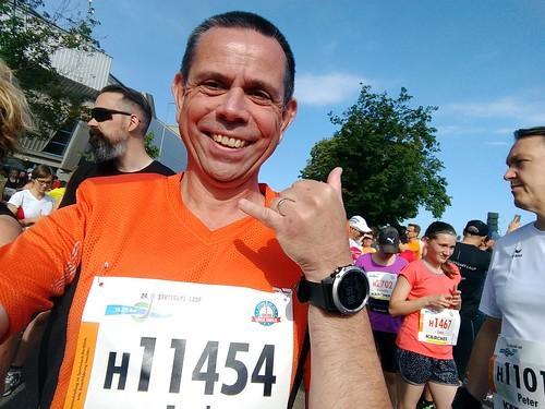 Kurz vorm Start des Halbmarathons (Stuttgartlauf)