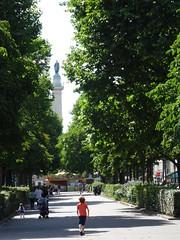 Cours de Vincennes (Jeanne Menjoulet) Tags: coursdevincennes paris streetlife nation colonne column