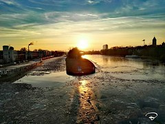 ICE ON THE RIVER #ice #river #Main #Maxbrücke #Schweinfurt #Eis #winter #cityscape #Photographie #photography (benicturesblackwhite) Tags: ice eis river maxbrücke photography cityscape main schweinfurt photographie winter