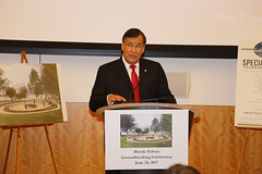Billy Mills addresses attendees in the Virginia State Capitol