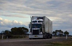 Nolans (quarterdeck888) Tags: trucks transport semi class8 overtheroad lorry heavyhaulage cartage haulage bigrig jerilderietrucks jerilderietruckphotos nikon d7100 frosty flickr quarterdeck quarterdeckphotos roadtransport highwaytrucks australiantransport australiantrucks aussietrucks heavyvehicle express expressfreight logistics freightmanagement outbacktrucks truckies nolans kenworth sar t409 t409sar bdouble fridgevan fte