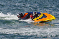 Fun in Speedboats! (David Blandford photography) Tags: calshot beach castle southamptonwater solent hampshire speedboat