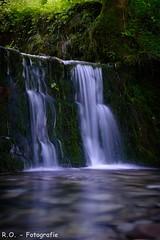 Wasserfall / Waterfall (R.O. - Fotografie) Tags: wasserfall waterfall natur nature wasser water langzeitbelichtung steine stones ndfilter rofotografie wald forest panasonic lumix dmcfz1000 dmc fz1000 fz 1000 nrw deutschland