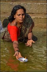 Puja.    Varanasi (Claire Pismont) Tags: asia asie inde india uttarpradesh varanasi benares banaras clairepismont colorful couleur color colour woman puja gange ganga documentory travel travelphotography hinduism hindouisme