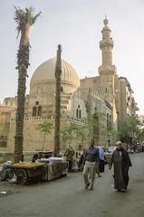 Street Life of the Old Cairo (Svetlana Polukhina) Tags: cairo egypt mosque street minaret مصر القاهرة مسجد شارع каир улица египет африка торговцы africa city capital عاصمة مدينة столица город