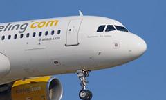 Vueling / Airbus A320-214 / EC-MAO (vic_206) Tags: bcn lebl vueling airbusa320214 ecmao feelhomeflyvueling