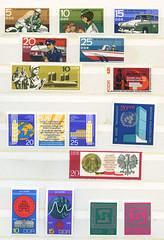 Archiv N129 DDR Briefmarken, Sondermarken 1969 und 1970 (Hans-Michael Tappen) Tags: archivhansmichaeltappen briefmarken stamps ephemera ddrzeit deutschepost ostalgie sondermarken 1969 1970 druck gestaltung design papier farbtechnik farbe post grafik