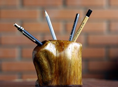 Карандашница (fotofakt) Tags: леснаяскульптура хобби дуб сосна дерево oak pine forestsculpture handwork wood handmade interest фотофакт fotofakt карандаш