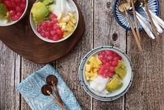 Dessert for Summer (Miel Photopgraphy) Tags: esoyen esteler escampur shavedice youngcoconut tapiocapearls sagopearls avocado jackfruit coconutmilk condensedmilk dessert icy cold bandung westjava sundanese indonesia indonesiancuisine
