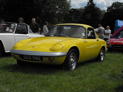 Lotus Elan - GCE 98E (1) (Andy Reeve-Smith) Tags: lotus elan sports louth louthclassiccarshow deightonfields lincolnshire lincolnshirewolds gce98e