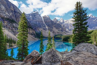 Lake Moraine(Canada)