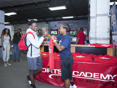 """170610_USMC_Basketball_Clinic.012 • <a style=""""font-size:0.8em;"""" href=""""http://www.flickr.com/photos/152979166@N07/35288666745/"""" target=""""_blank"""">View on Flickr</a>"""