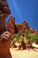 Mountain Views (Michael Sprabary) Tags: colorado rock climber nature mountain scenic monolith garden gods daylight