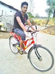 chaitan deep my bicycle (Chaitan Deep) Tags: chandu aamirian chtn deep mandel gaon odisha latest bicycle aamirkhan srk smartboy ollywood star bhai styles smile smart hair cute sunglasses hero